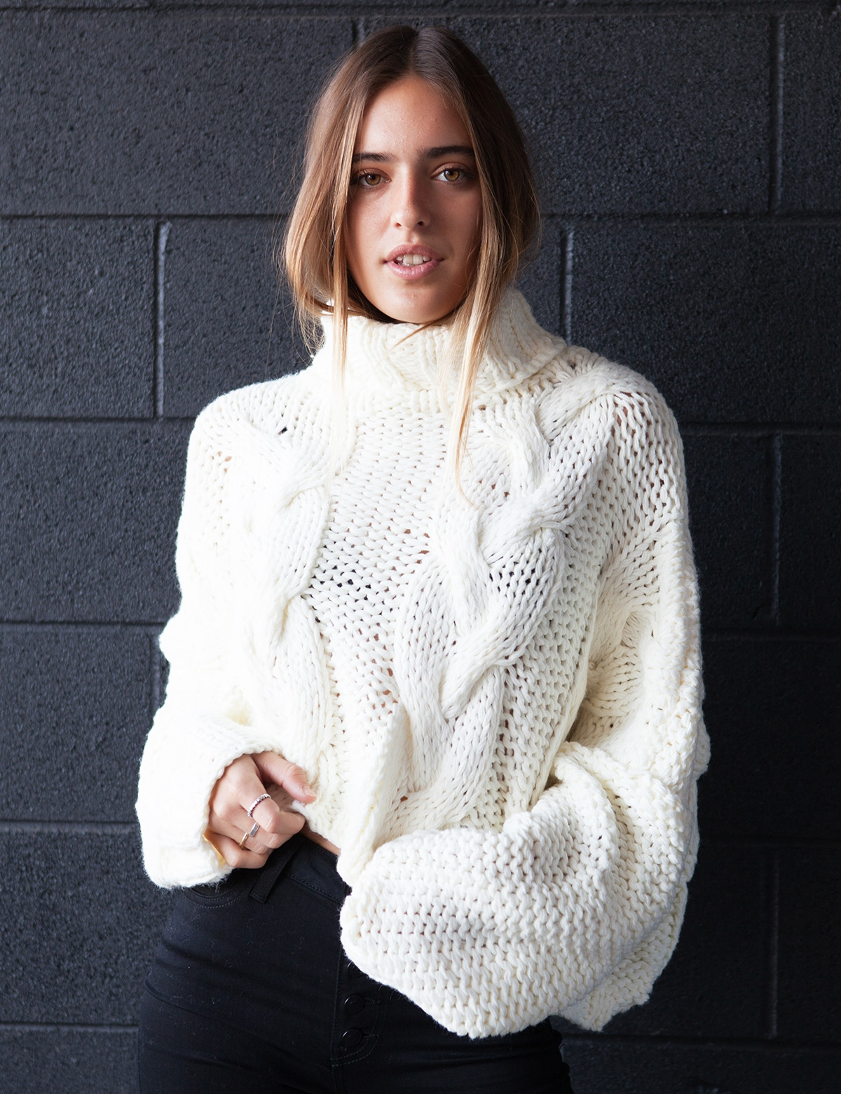 Sweetheart Cream Turtle Neck